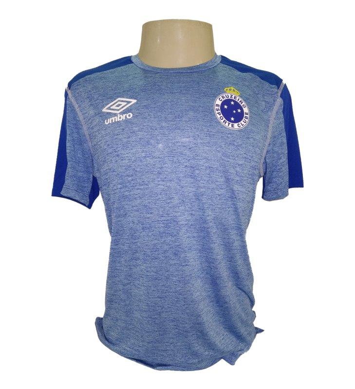 cf3de71fa4 ... Cruzeiro 2019 Aquecimento Umbro Masculina. 🔍. Camisas Masculinas ...