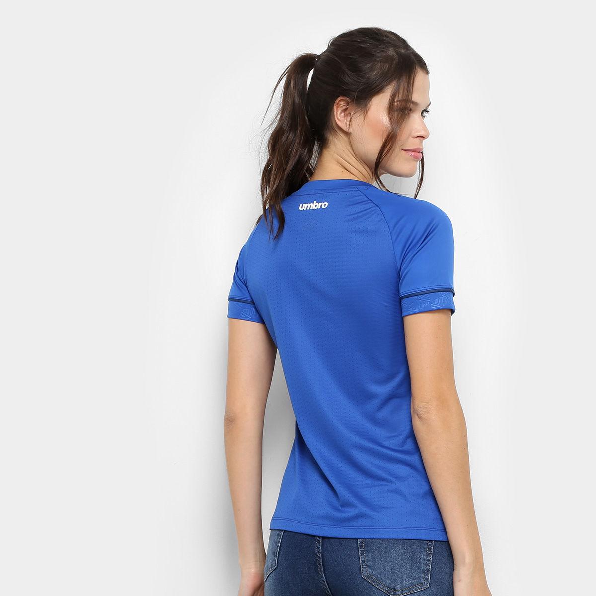347b671ccb843 Camisa Cruzeiro 2018 I S Nº Umbro Feminina - Azul com patrocínio ...